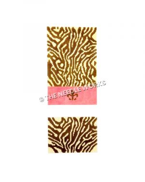 tiger patterned purse with pink band and brown fleur de lis